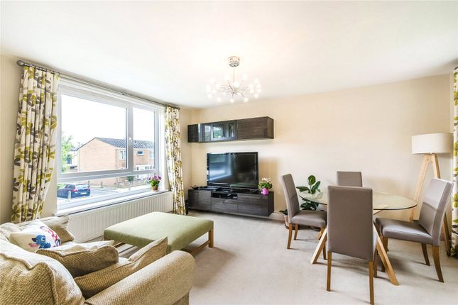 1 bed flat for sale in Westdean Close, Wandsworth, London SW18