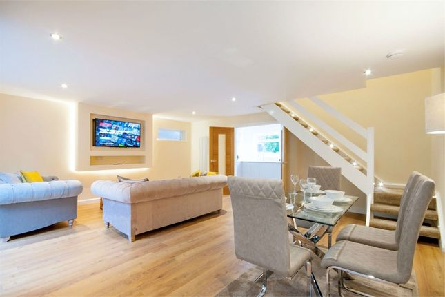 Thumbnail Town house to rent in Friars Court, The Park, Nottingham