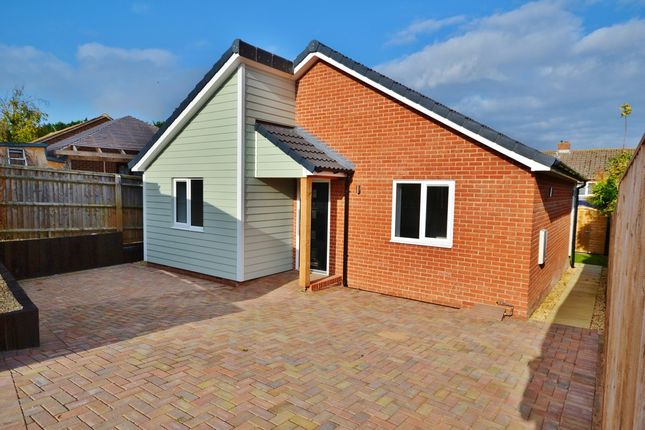 Thumbnail Detached bungalow for sale in Blenheim Close, Didcot
