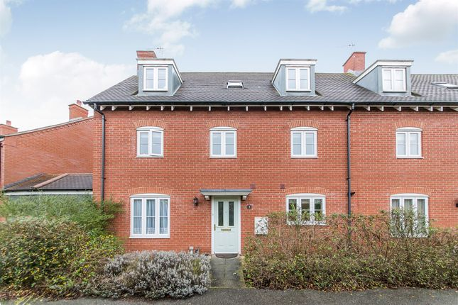 Thumbnail Town house for sale in Lodders Walk, Colchester