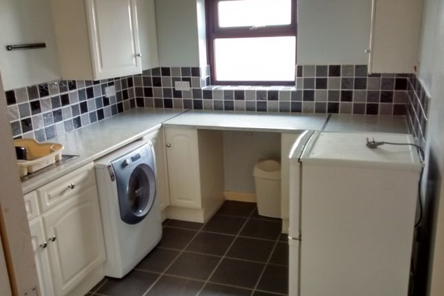 1 bed flat to rent in The Crossways, Gosport