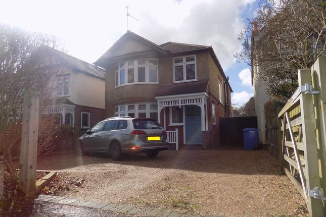Thumbnail Detached house to rent in Alexandra Road, Farnborough, Hampshire