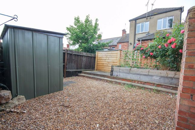 1 bed flat for sale in Highgrove Court, Rushden, Northamptonshire NN10
