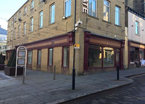 Thumbnail Retail premises to let in Albion Street, Halifax