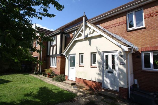 2 bed terraced house for sale in Squadron Drive, Worthing, West Sussex