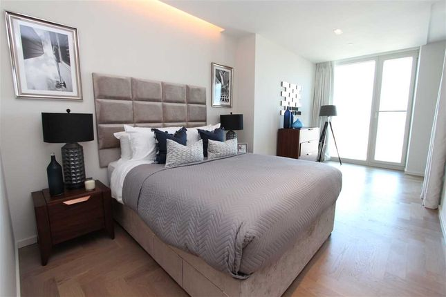 Thumbnail Flat to rent in South Bank Tower, Southwark SE1, South Bank Tower, London