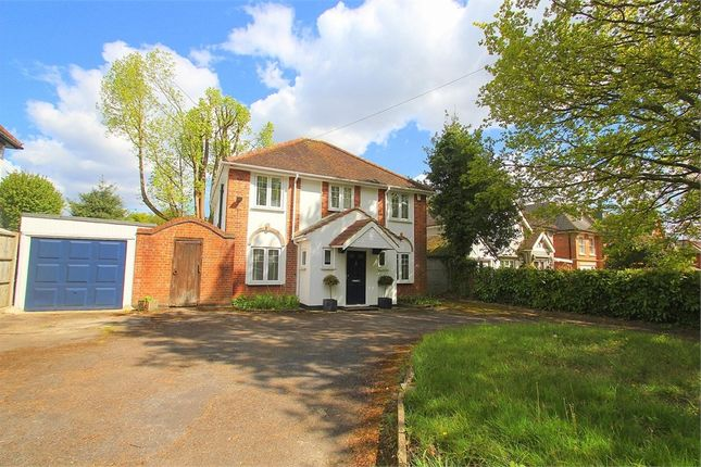 Thumbnail Detached house to rent in Old Slade Lane, Richings Park, Buckinghamshire