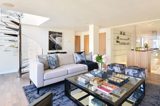 Thumbnail Property to rent in Young Street, Kensington, London
