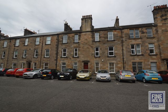 Thumbnail Flat to rent in Bruce Street, Stirling, Stirlingshire
