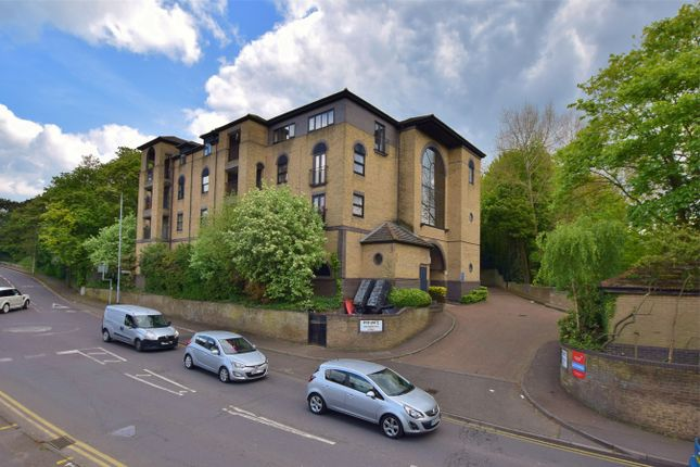 1 bed flat for sale in Langthorns, Stock Road, Billericay