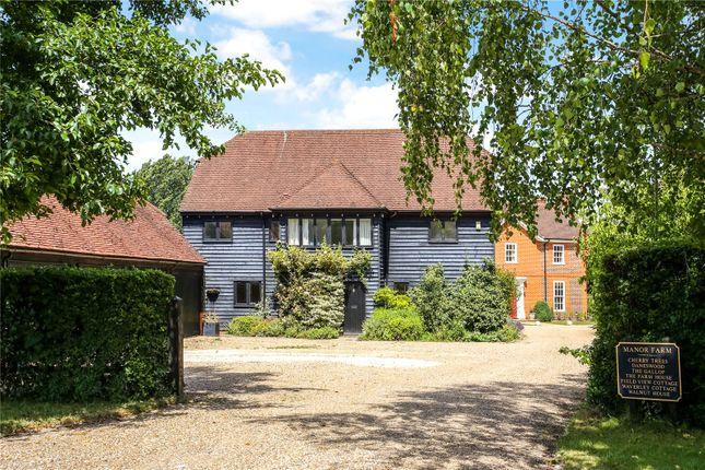 Picture No. 11 of Manor Farm, Wanborough, Guildford, Surrey GU3
