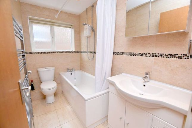 Photo 3 of Reinden Grove, Downswood, Maidstone ME15