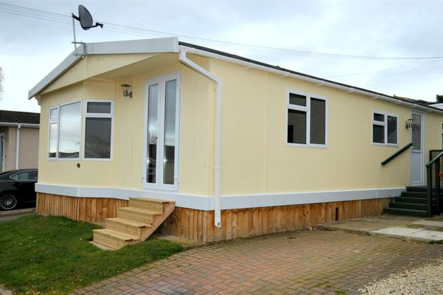 Thumbnail Bungalow to rent in Sunningdale Park, New Tupton, Chesterfield