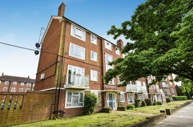 Thumbnail Flat for sale in Bexley Road, London