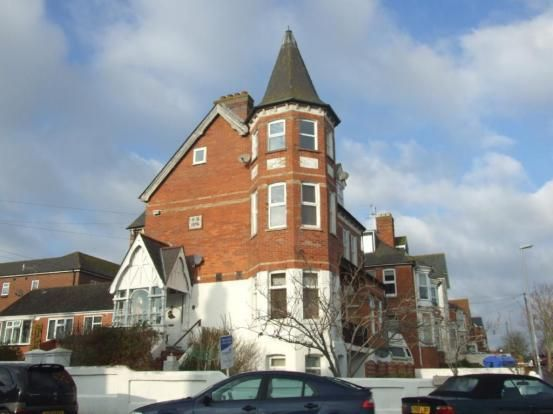 1 bed flat to rent in Carlton Road South, Weymouth