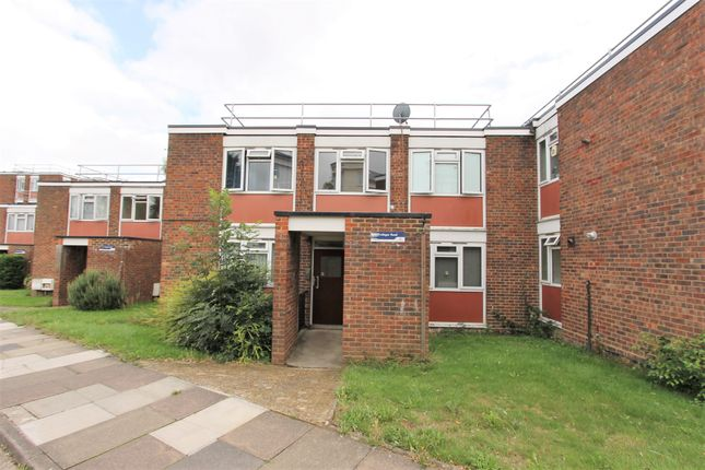 Thumbnail Flat for sale in Tredegar Road, London