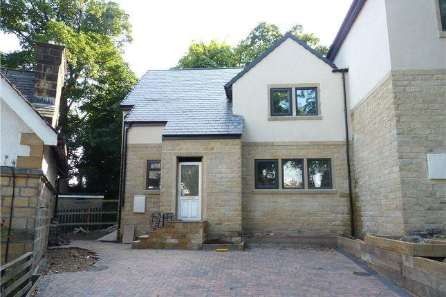 External Oak of Laurel Mount, Belgrave Road, Keighley BD20