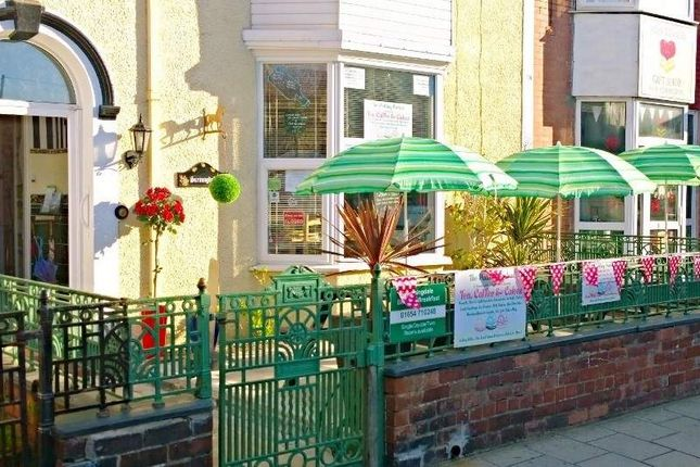 Thumbnail Hotel/guest house for sale in High Street, Tywyn