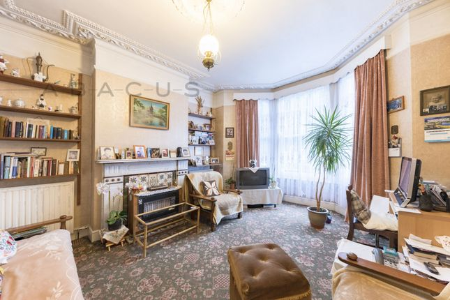 Thumbnail Terraced house for sale in Crediton Road, Queens Park