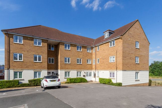 Thumbnail Flat for sale in Redgrave Court, Wellingborough