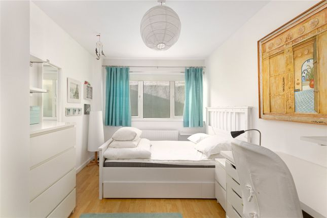 Thumbnail Flat to rent in Swainson Road, London