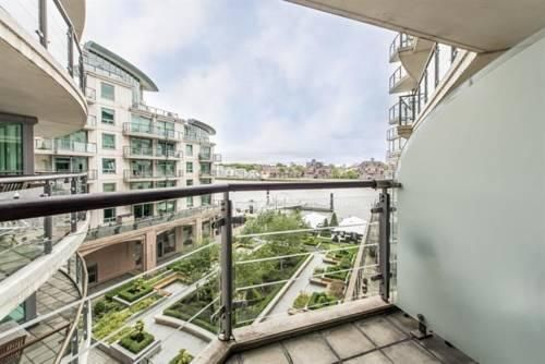 Thumbnail Detached house to rent in Galleon House, London