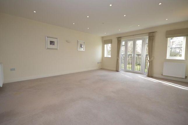 Thumbnail Flat to rent in Equus Close, Gerrards Cross