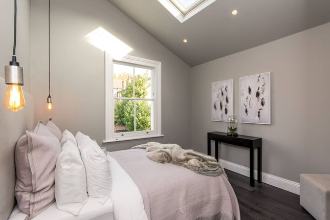 Thumbnail Flat to rent in Bathurst Gardens, Kensal Rise