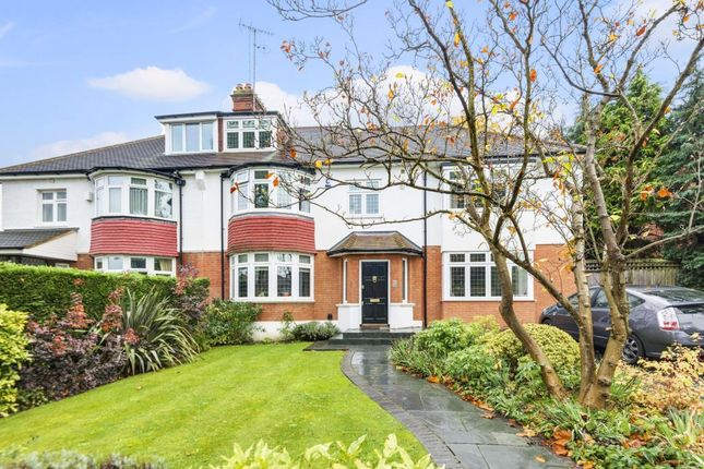 Thumbnail Semi-detached house for sale in Dollis Avenue, Finchley N3,