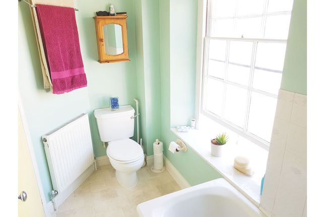 Bathroom of West End, Bruton BA10