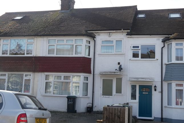 Thumbnail Terraced house to rent in Central Avenue, Gravesend