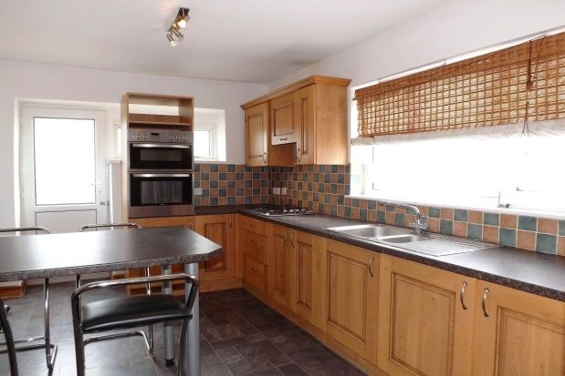 Thumbnail Maisonette to rent in North Road West, Plymouth