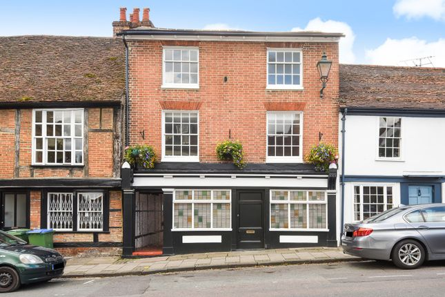 Thumbnail Town house for sale in Market Place, Henley-On-Thames
