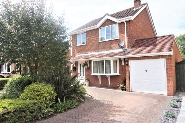 Thumbnail Detached house for sale in Meadowbank, Grimsby