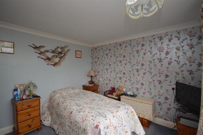 Dsc_0010 of Sunset Walk, Bush Estate, Eccles-On-Sea, Norwich NR12