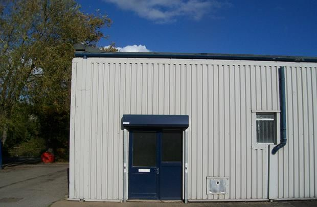 Thumbnail Retail premises to let in 23 The Bridgeway Centre, Wrexham Industrial Estate, Wrexham, Wrexham