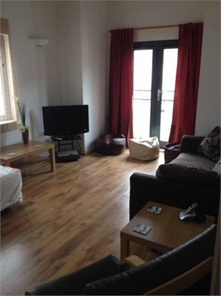 2 bedroom flat for sale 43254594 primelocation for 1 furniture way swansea