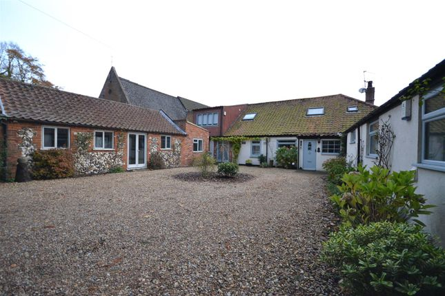 Thumbnail Cottage for sale in Coltishall, Norwich