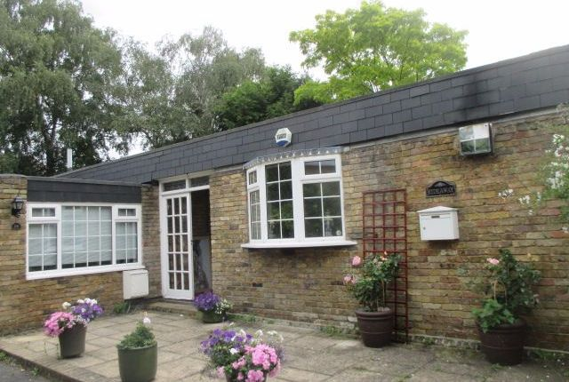 Thumbnail Bungalow to rent in Morden Road Mews, London
