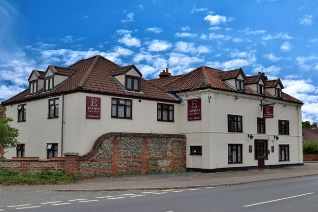 Thumbnail Room to rent in Dereham Road, Easton, Norwich
