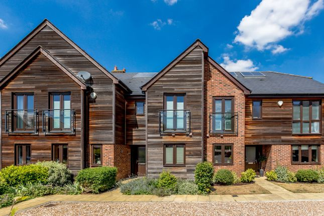 Thumbnail Terraced house for sale in Green Lane, Addlestone