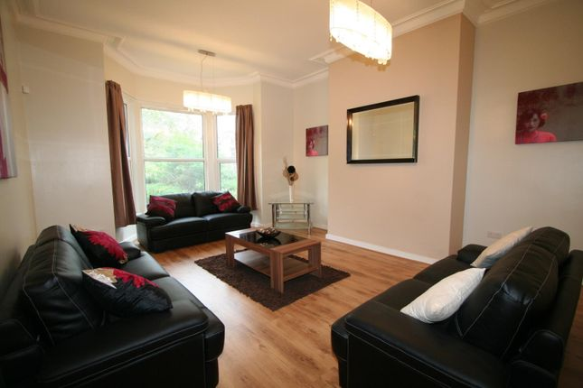 Thumbnail Flat to rent in Flat 1, 21 St Johns Terrace, University