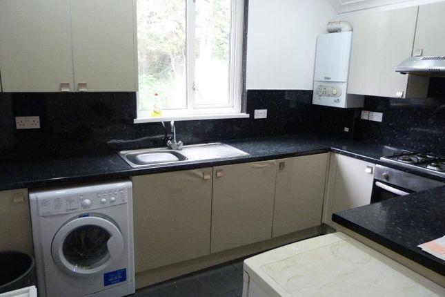 Flat to rent in Fairoak Road, Roath, Maisonette (5 Beds)