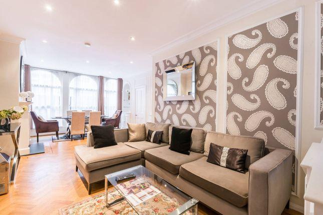 Thumbnail Property to rent in Montagu Mews West, Marylebone, London