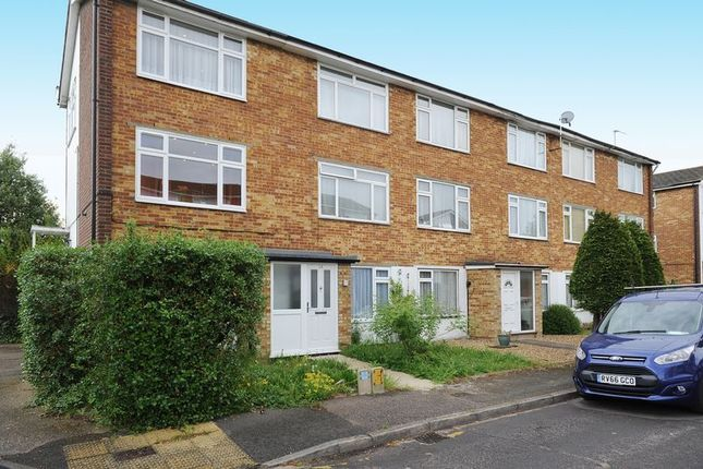 Thumbnail Flat to rent in Bourne Court, Station Approach, Ruislip