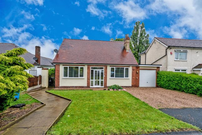 Thumbnail 3 bedroom bungalow to rent in Wood Lane, Wedges Mills, Cannock