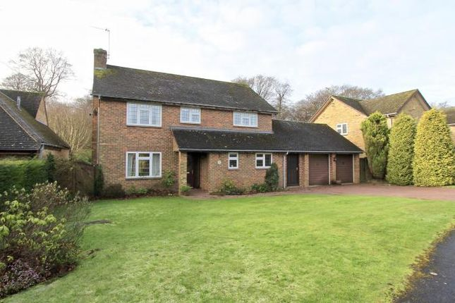 4 bed detached house for sale in Manor Close, Prestwood, Great Missenden