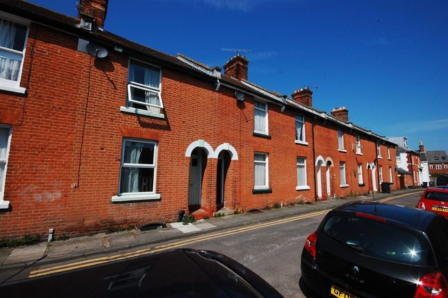 Thumbnail Terraced house to rent in Grove Terrace, Canterbury
