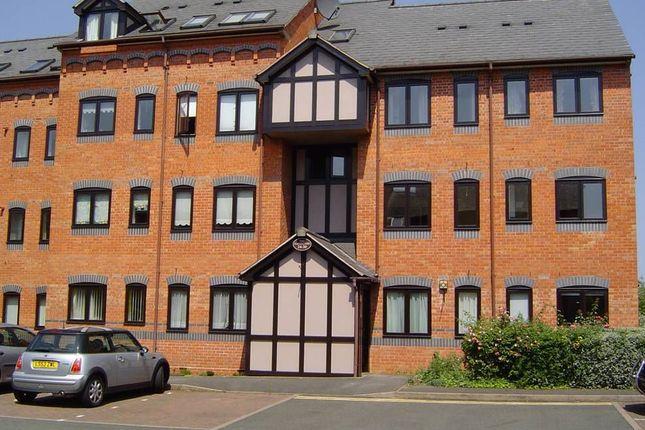 Thumbnail Flat to rent in The Gatehouse, Myton Road, Leamington Spa