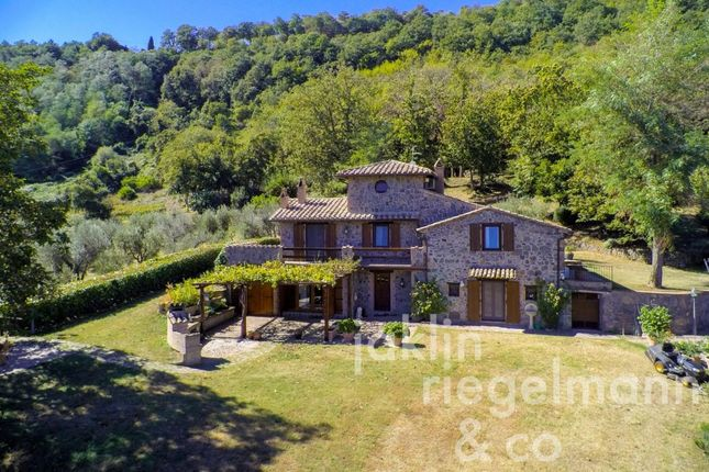 Thumbnail Country house for sale in Italy, Umbria, Terni, Close To Orvieto.